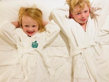 BHH robes kids